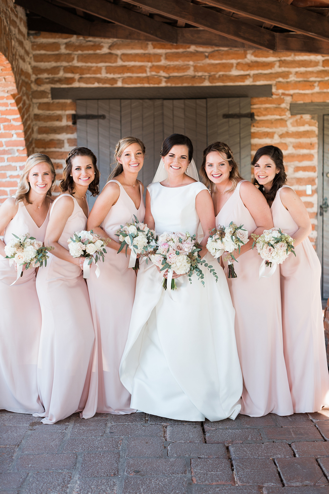 6b8cfaabef Rackel-mendations How To Choose Your Wedding Style   Color Palette ...